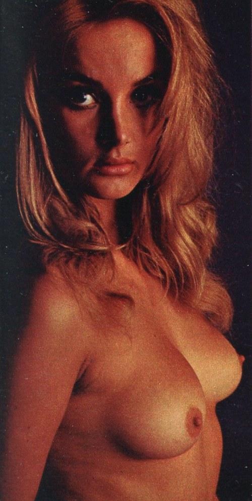 Barbara king nude — photo 2