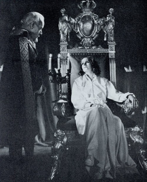 Lewis Stone in Queen Christina